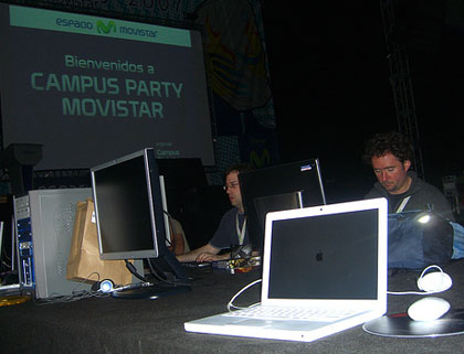 Mi MacBook en la Campus Party Barcelona 2007